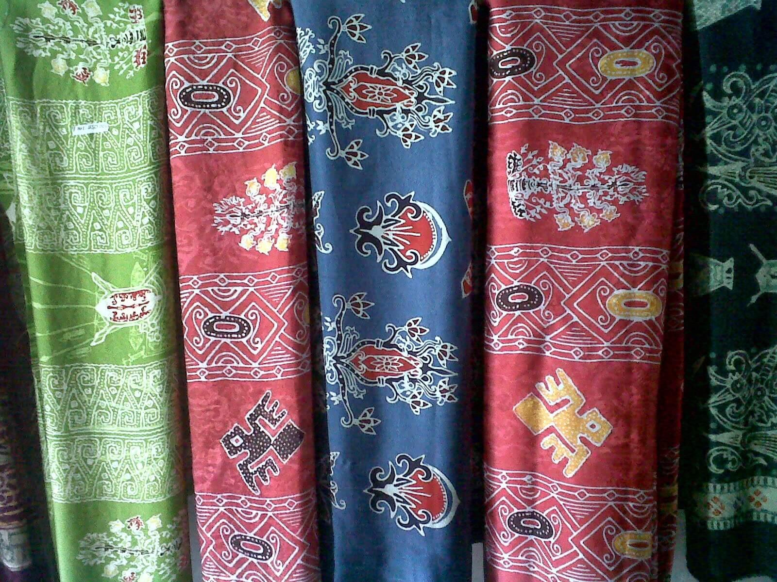 kain khas palangkaraya