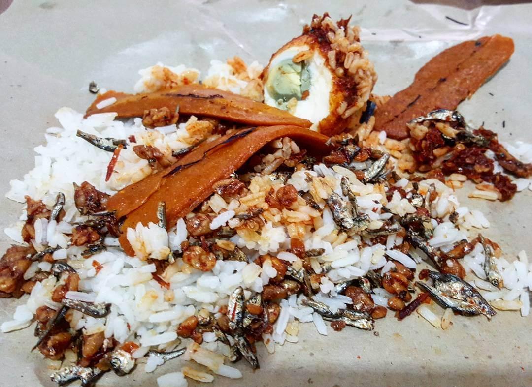 nasi lemak dari tanjung pinang