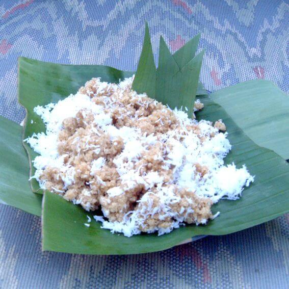 nasi tiwul makanan khas trenggalek