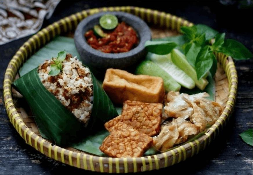 Nasi tutug oncom khas tasikmalaya