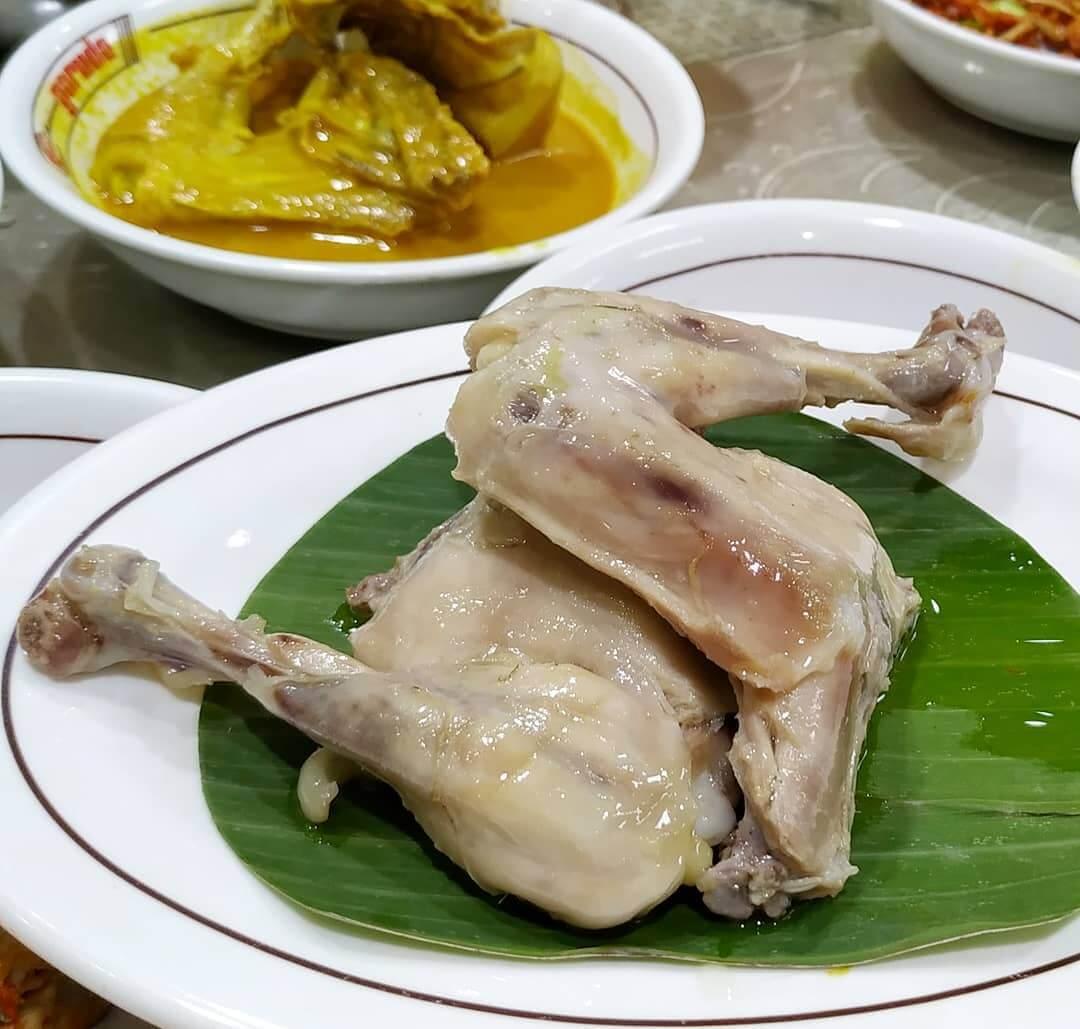 ayam pop kuliner khas minang
