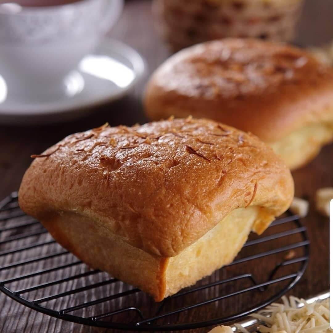 bluder cokro roti khas madiun
