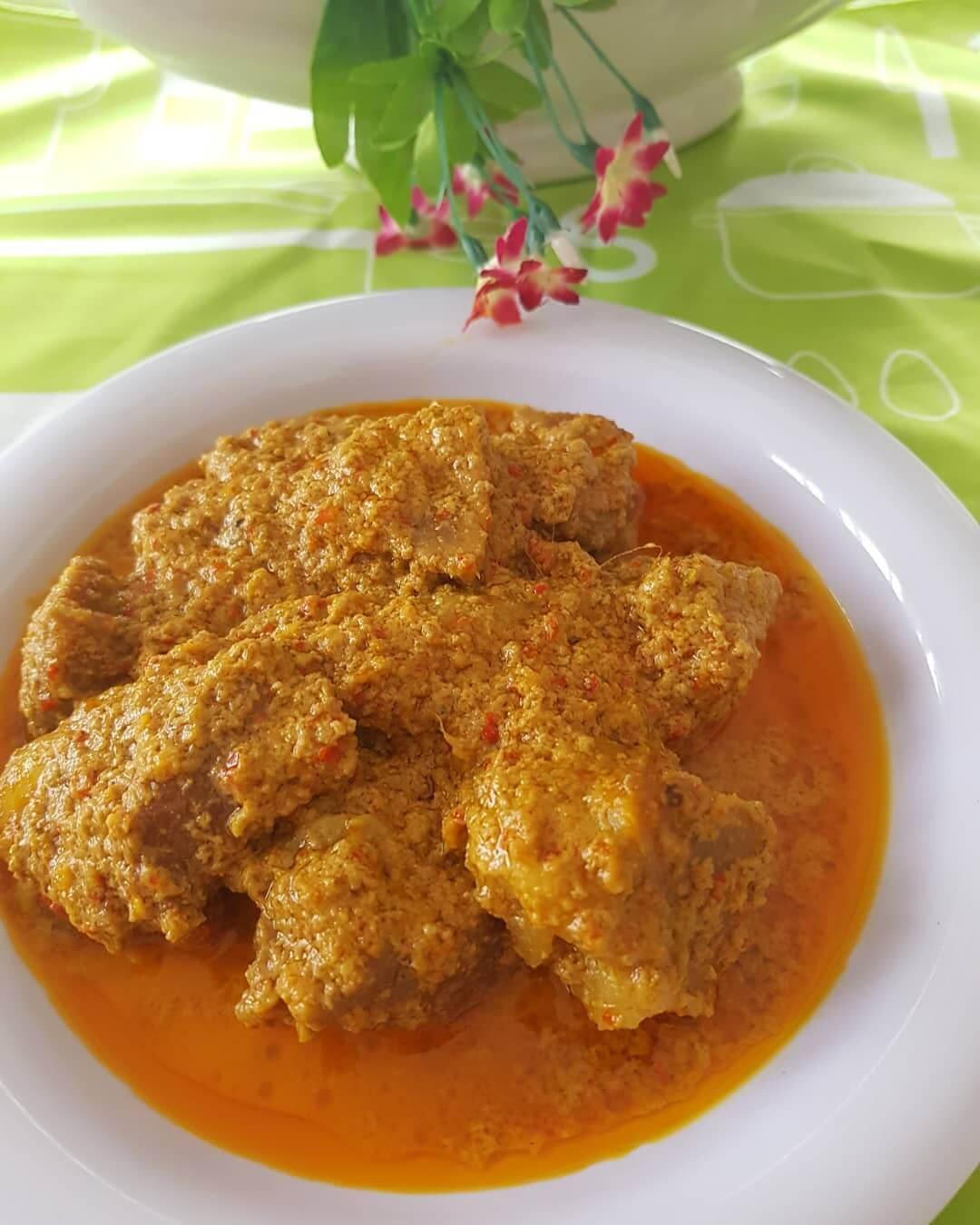 kalio daging khas sumatera barat
