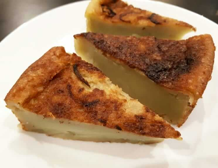 kue adee cemilan khas aceh