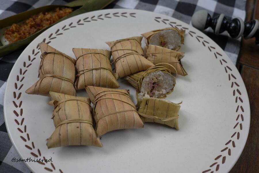 kue bantal tradisional khas lombok
