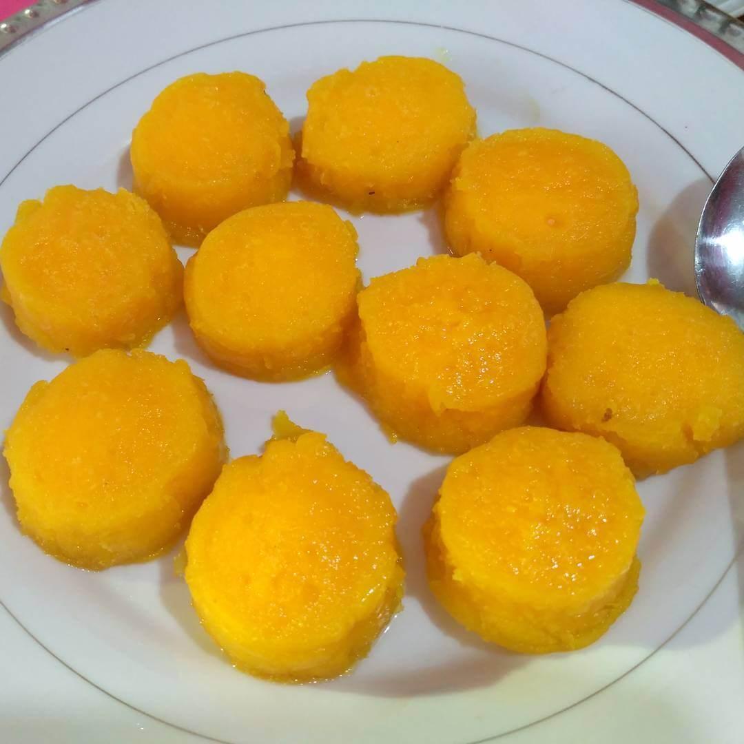 kue cucuru bayao khas bugis