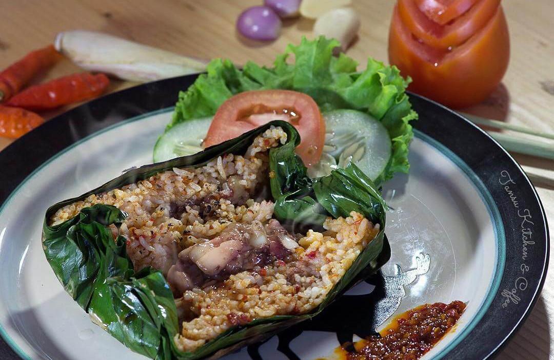 nasi bakar sumsum makanan khas banten