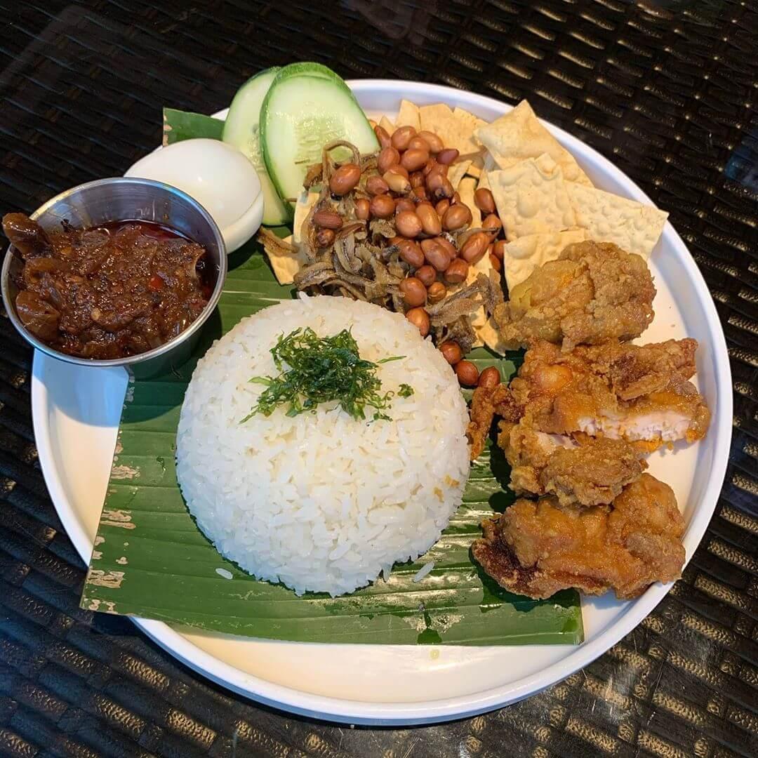 nasi lemak khas riau sumatera