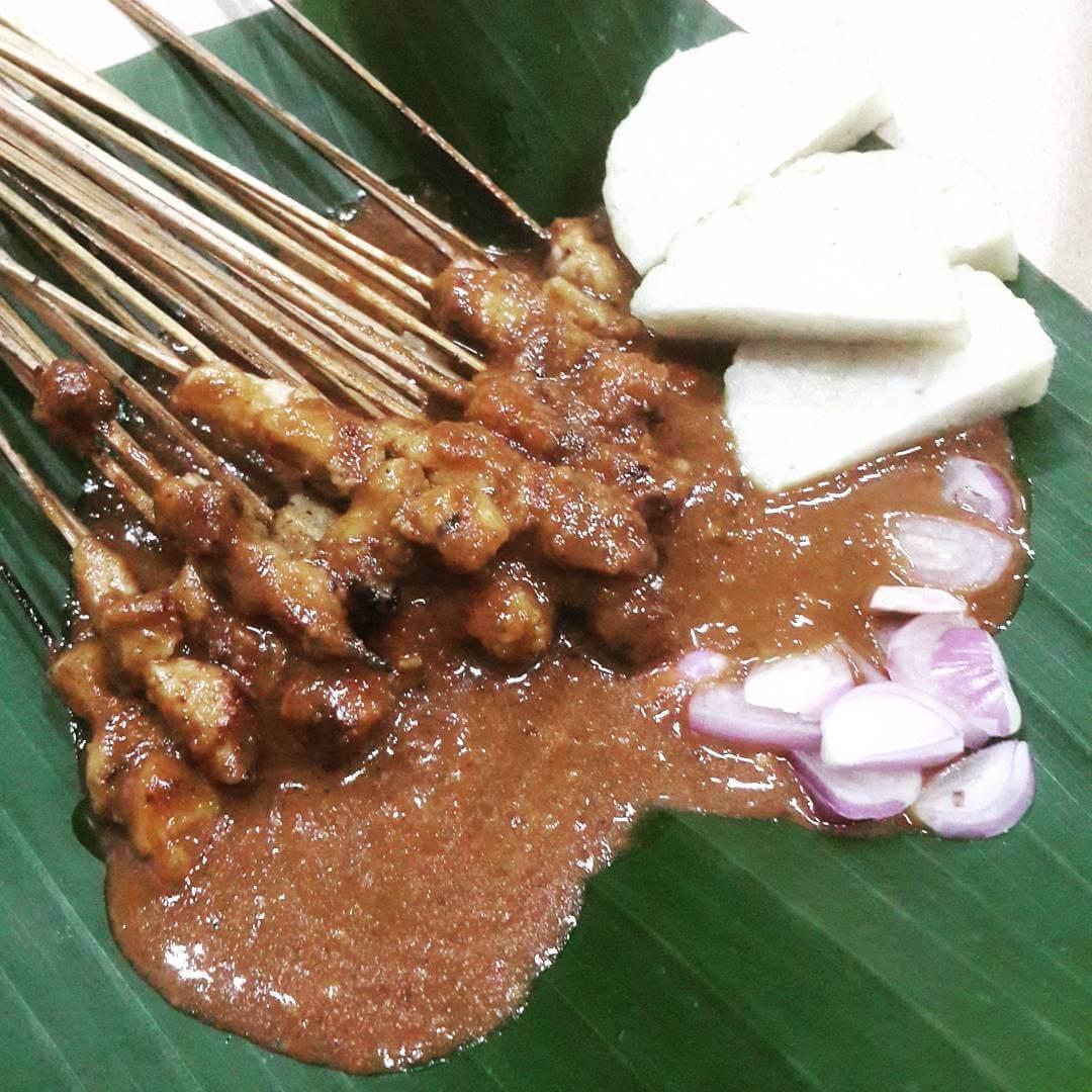 sate lalat laler kuliner khas madura