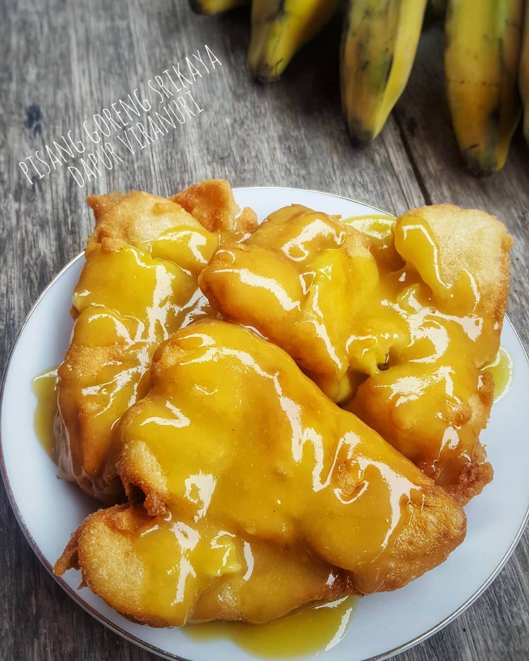 pisang goreng srikaya